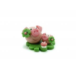 Maman et bébé cochon